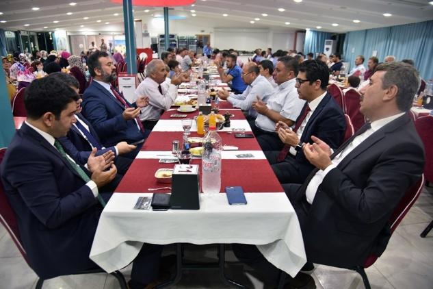 Din görevlileri yemekte buluştu