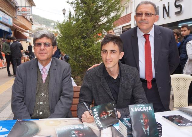 Genç yazardan polisiye roman