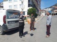 Vatandaşın evine ekmek hizmetine Muhtardan'da destek