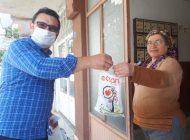 Melis Eczanesi Müşterilerinin ilaç siparişlerini kapıya getiriyor
