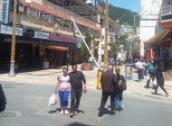 Anamur'da sokağa çıkma yasağı öncesi caddeler hareketlendi