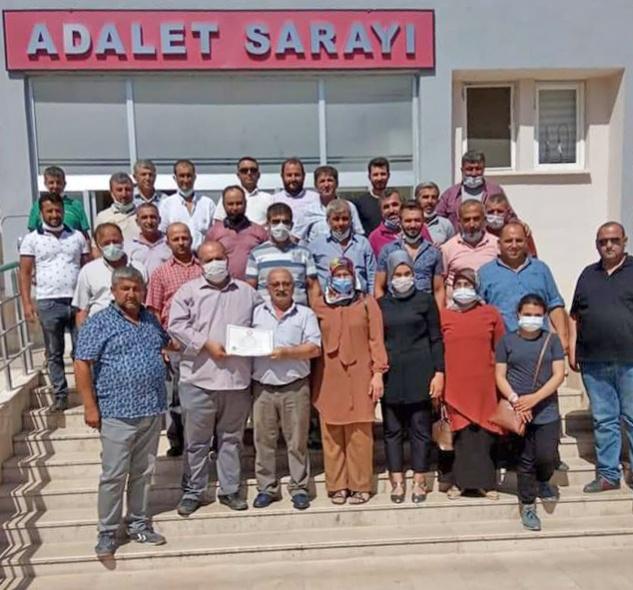 Malaklar Muhtarı Mustafa Dağ mazbatasını aldı