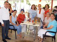 İYİ Partili kadınlar yemekte buluştu