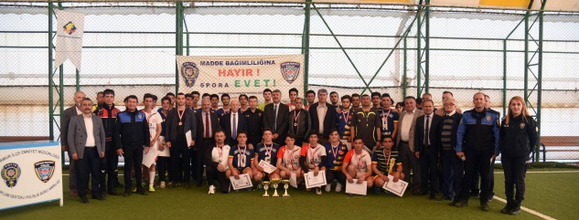 Cumhuriyet Anadolu şampiyon
