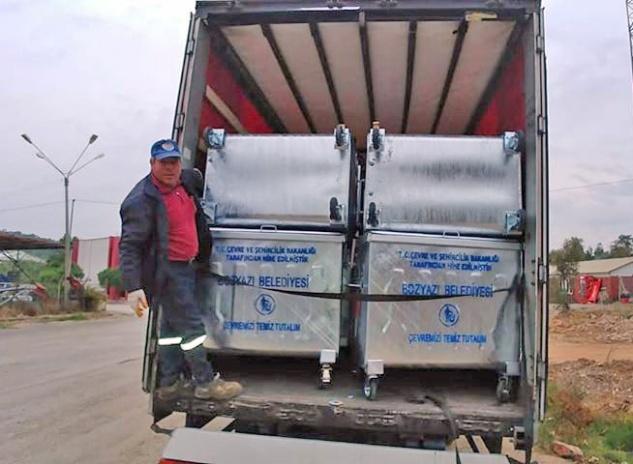 Bozyazı'ya 160 çöp konteyneri