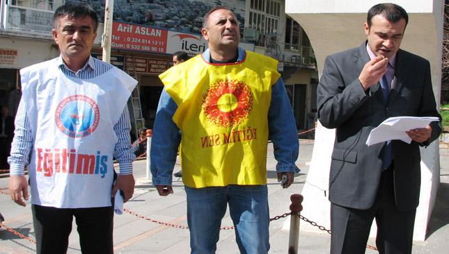 Eğitim -Sen Eğitim – İş Türk Eğitim -Sen birlikte eylem yaptılar