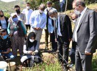 Anamur'da Salep'in ilk hasadını Kaymakam Memük ve Başkan Kılınç yaptı