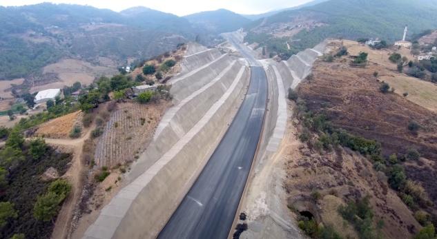 Akdeniz Sahil Yolu için acele kamulaştırma kararı